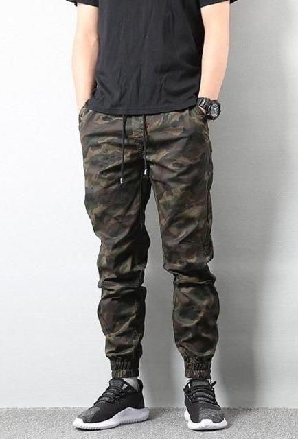 Камуфляжные штаны джоггеры.
