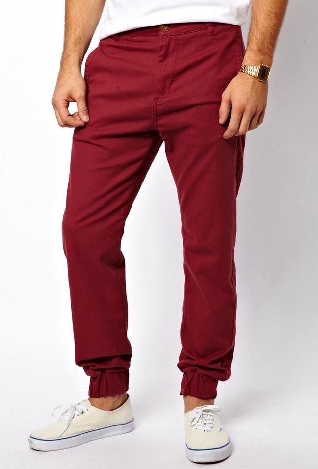 Красные мужские брюки джоггеры.